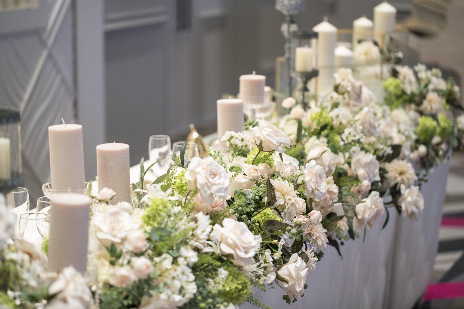 徳島県の結婚式場ブランアンジュのメインテーブル