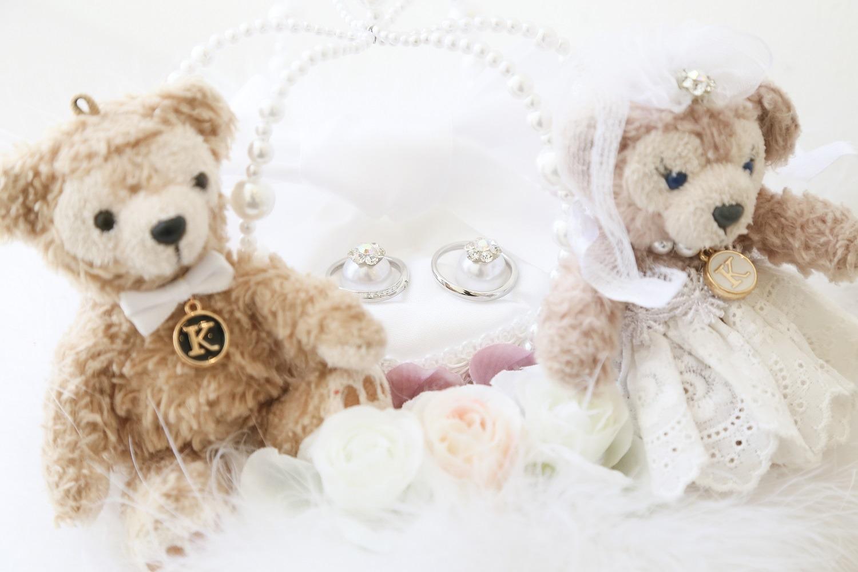 徳島市の結婚式場ブランアンジュでお母様が手作りされたダッフィとシェリーメイのリングピロー