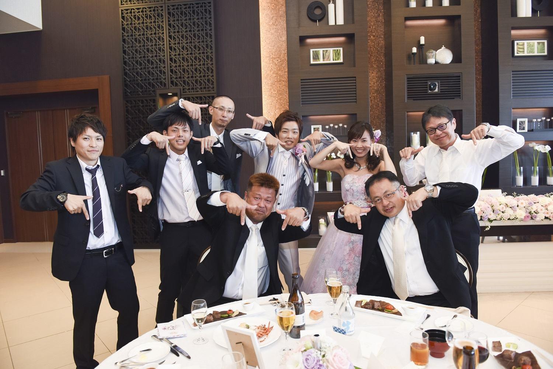徳島市の結婚式場ブランアンジュでゲストのフォトセッション