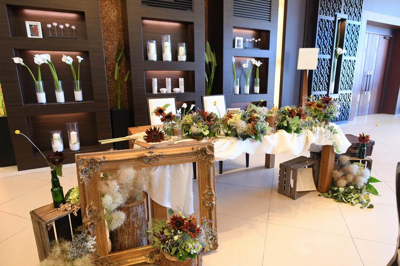 徳島市の結婚式場ブランアンジュの披露宴で新郎新婦様のお気に入りのメインテーブル