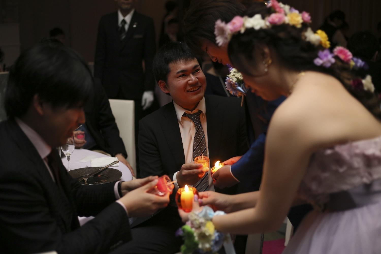 徳島市の結婚式場ブランアンジュでキャンドルリレーはお二人様のお好きなキャンドルで