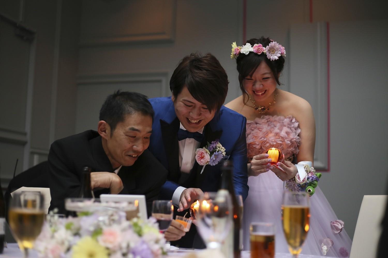 徳島市の結婚式場ブランアンジュでランタンをイメージしたキャンドルリレー