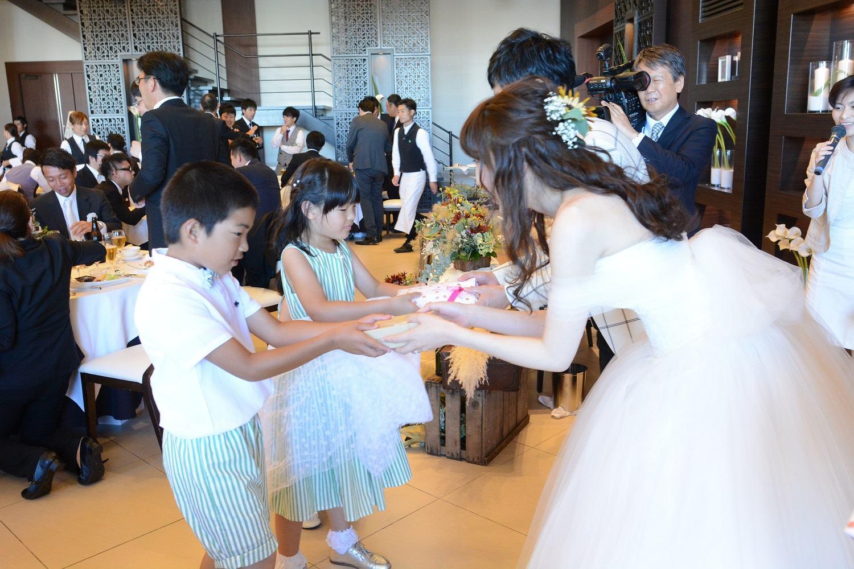 徳島市の結婚式場ブランアンジュで子供にプレゼント
