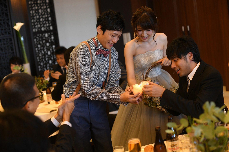 徳島市の結婚式場ブランアンジュでキャンドルリレー