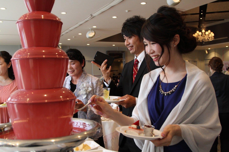 徳島市の結婚式場ブランアンジュでゲストからも大好評だったデザートビュッフェ&チョコレートファウンテン