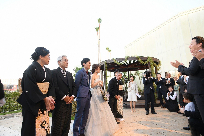 徳島市の結婚式場ブランアンジュで披露宴後はガーデンの退場