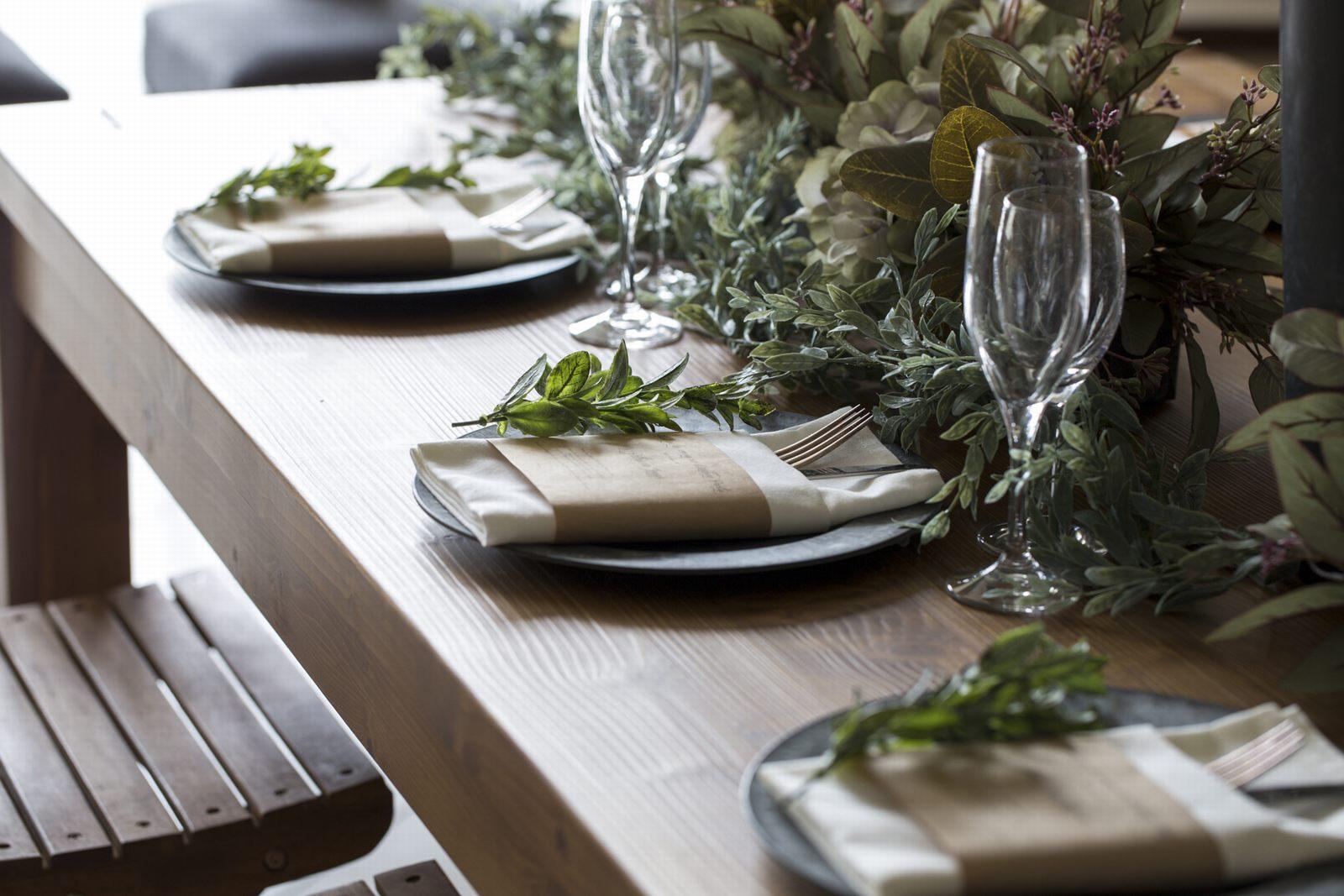 徳島県の結婚式場ブランアンジュのロングテーブル