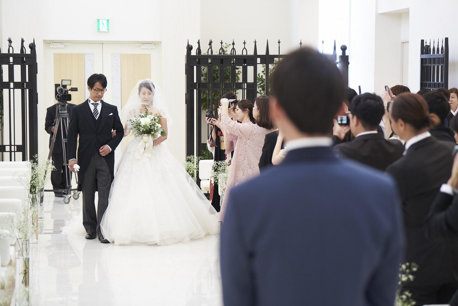 徳島市の結婚式場ブランアンジュのバージンロード