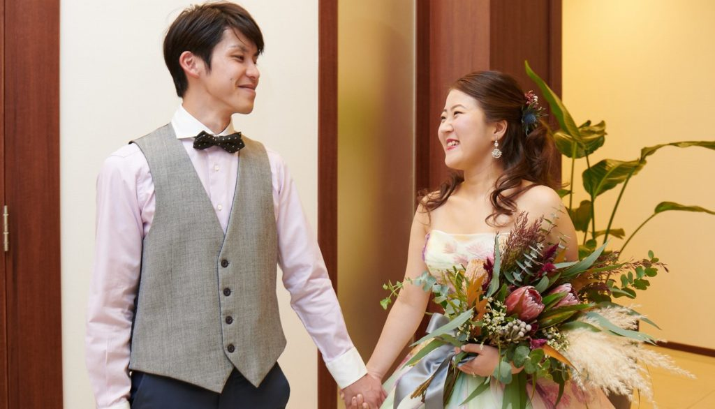 徳島県の結婚式場ブランアンジュの新郎新婦ショット