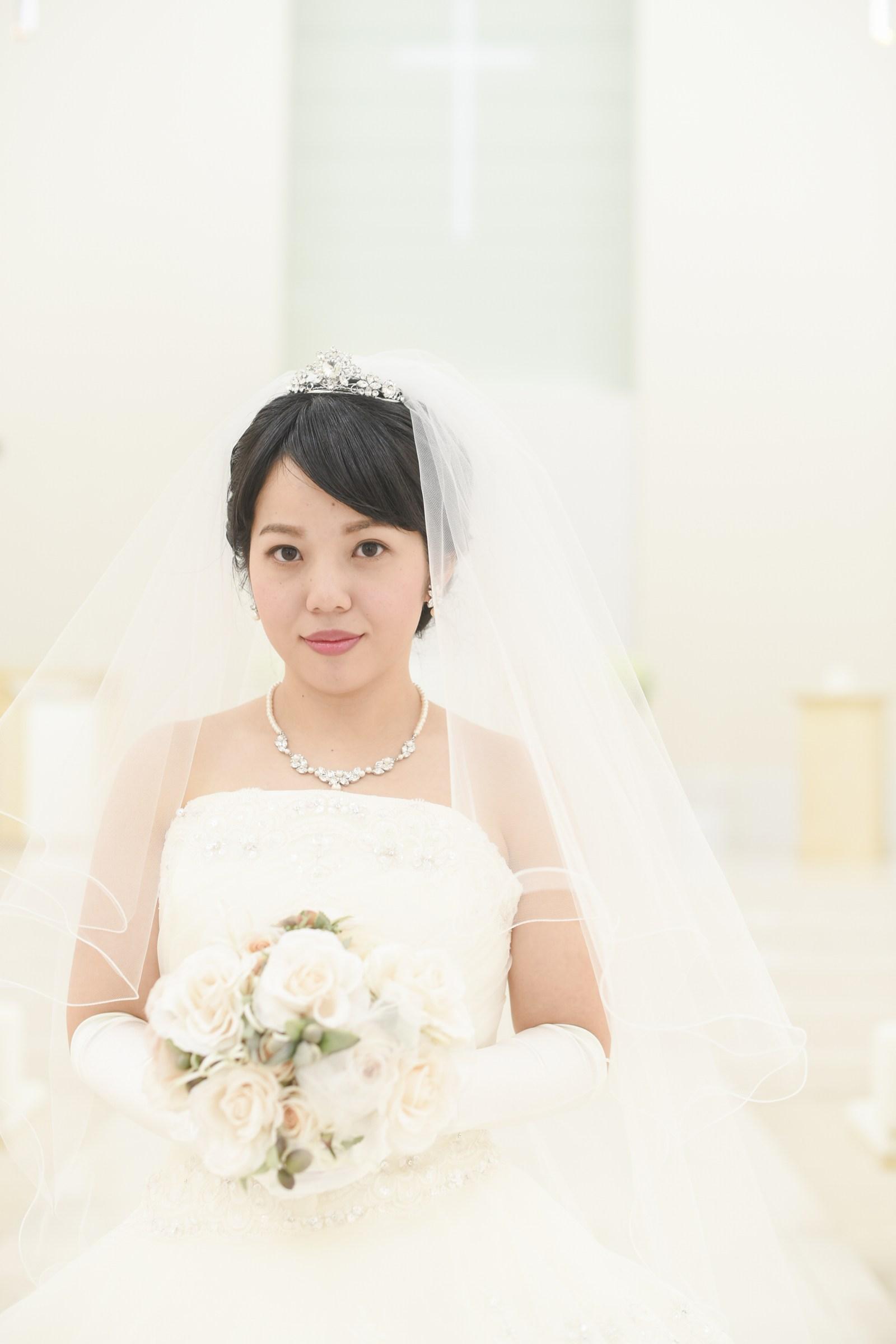徳島市の結婚式場ブランアンジュでチャペルでのショット
