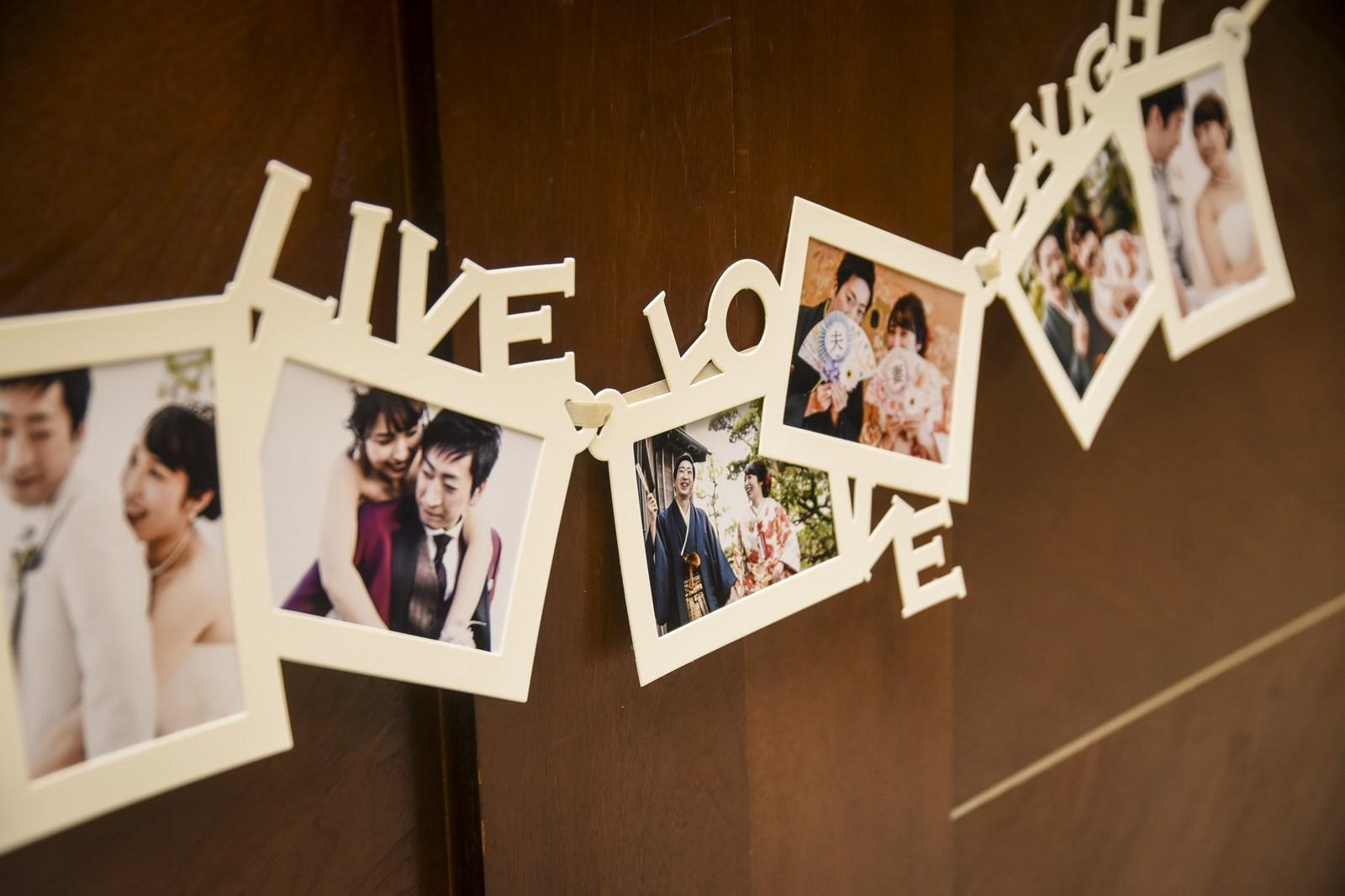 徳島市の結婚式場ブランアンジュで受付ロビーで新郎新婦様の人となりを感じるウエルカムグッズ