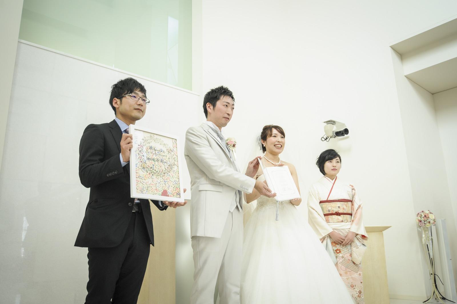 徳島市の結婚式場ブランアンジュで挙式でのハートドロップスのゲスト参加型演出