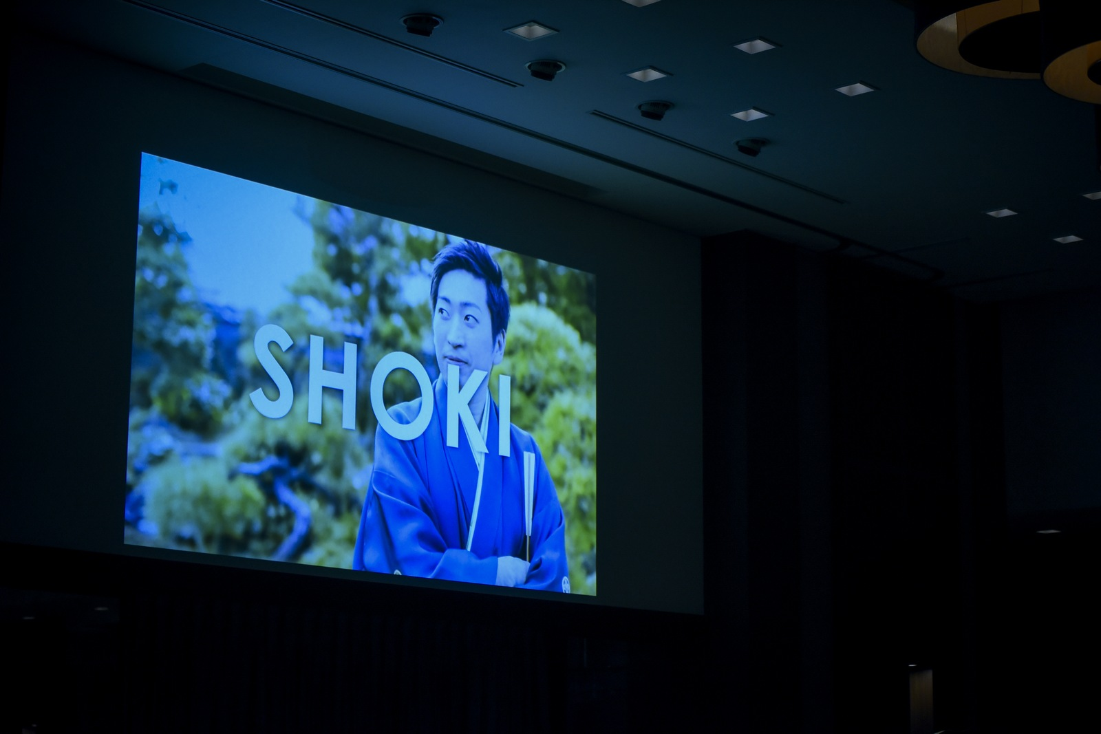 徳島市の結婚式場ブランアンジュで披露宴のオープン前のDVD演出