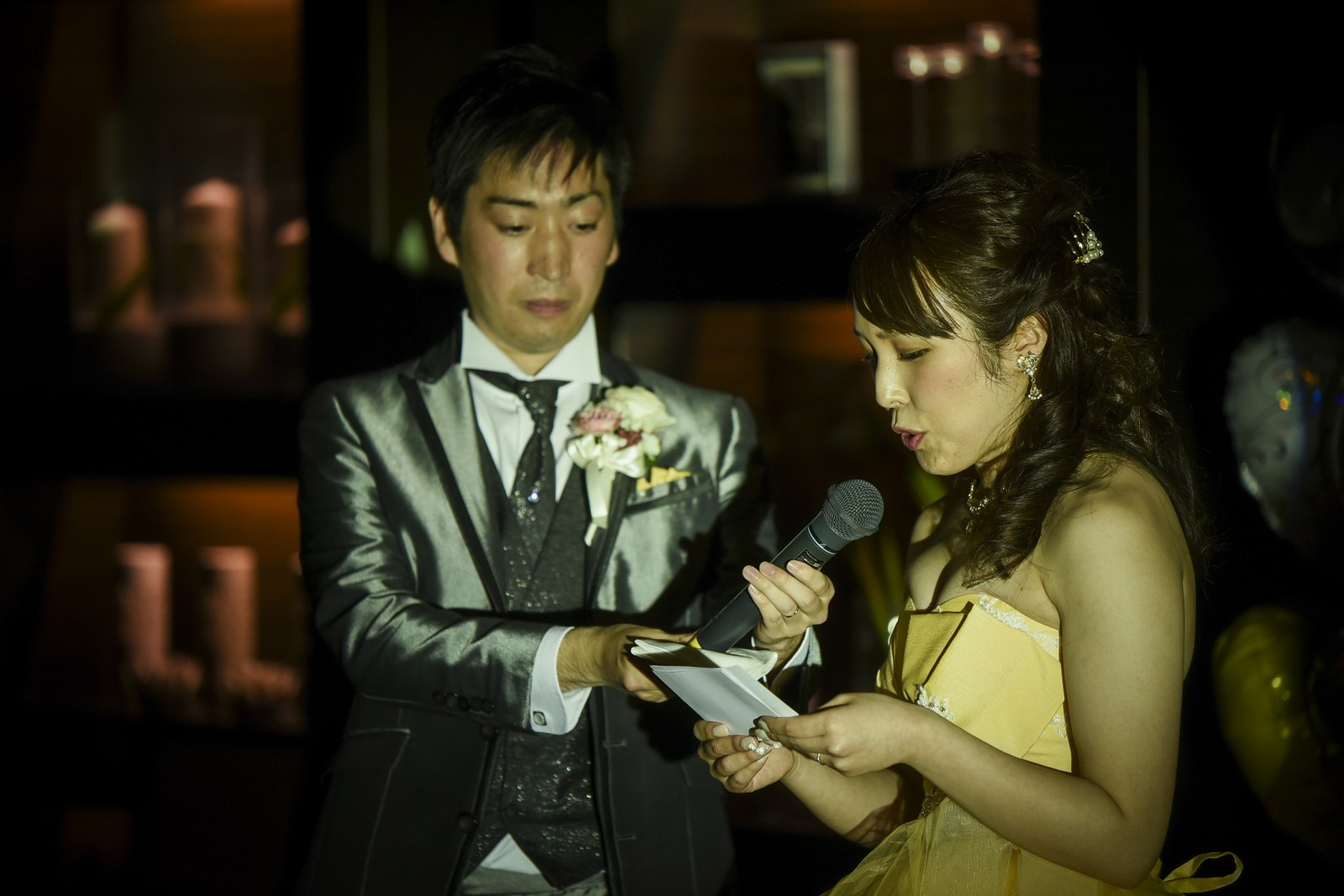 徳島市の結婚式場ブランアンジュで披露宴で新婦様からご両親様への感動のお手紙披露