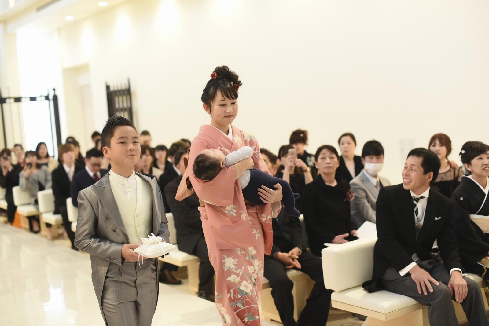 徳島市の結婚式場ブランアンジュのセレモニーのリングボーイ&ガールは新郎新婦のご兄弟