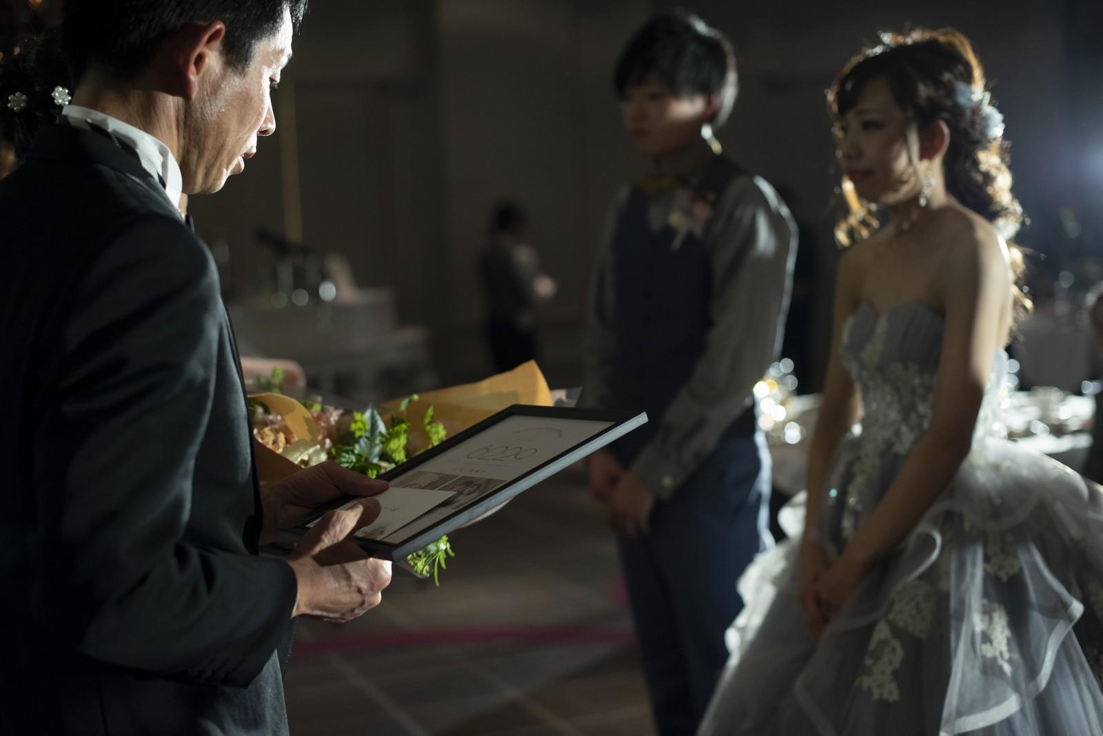 徳島市の結婚式場ブランアンジュで両親への感謝の記念品のプレゼント