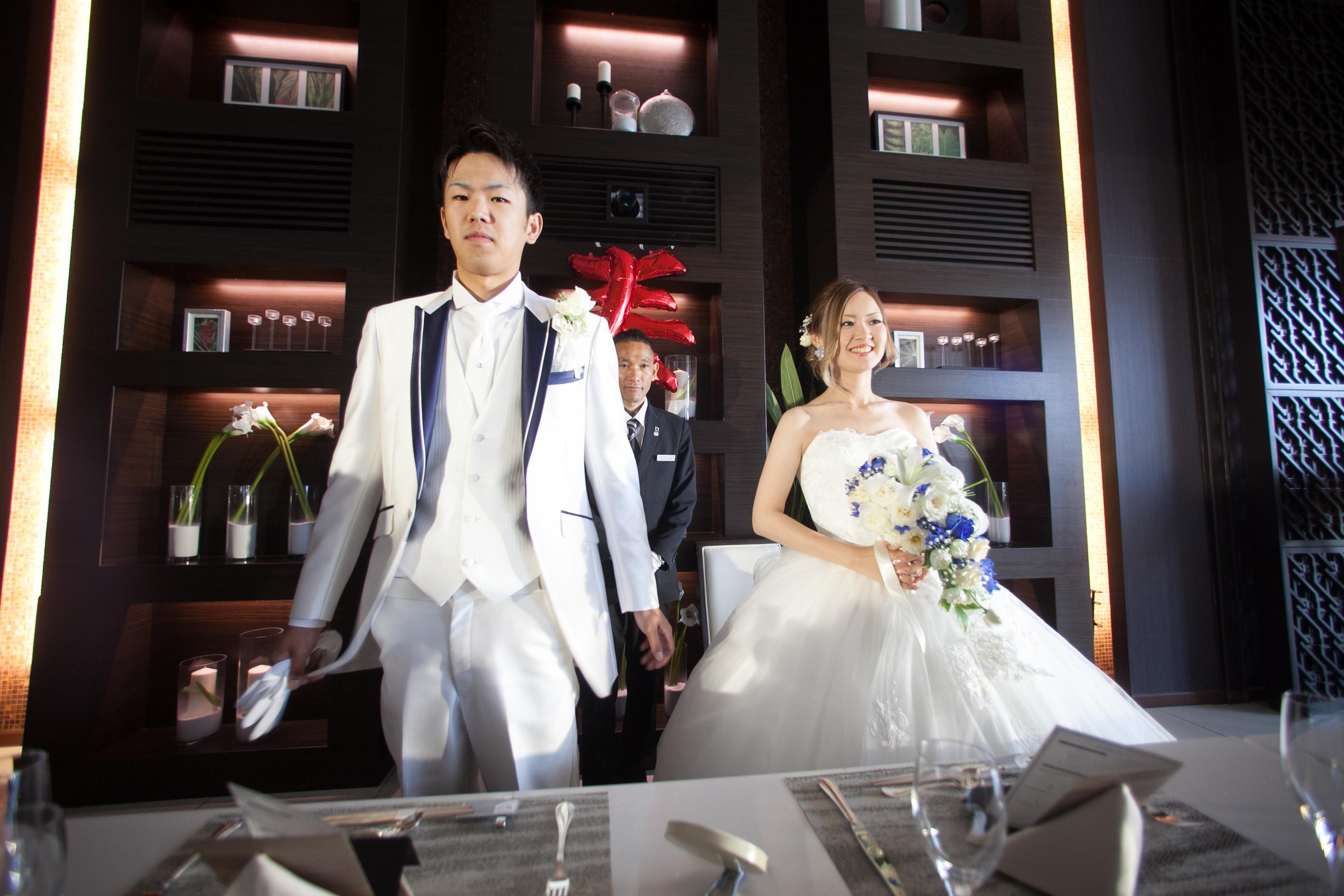 徳島市の結婚式場ブランアンジュで披露宴での挨拶のシーン