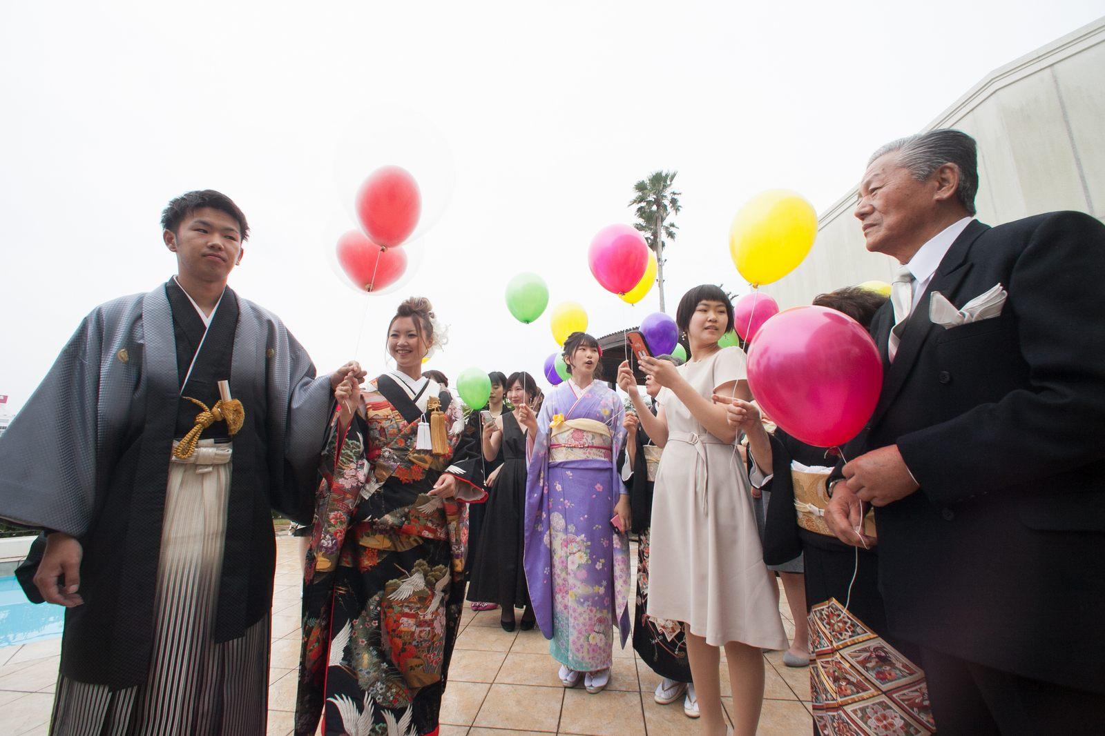 徳島市の結婚式場ブランアンジュで人気演出のバルーンリリース