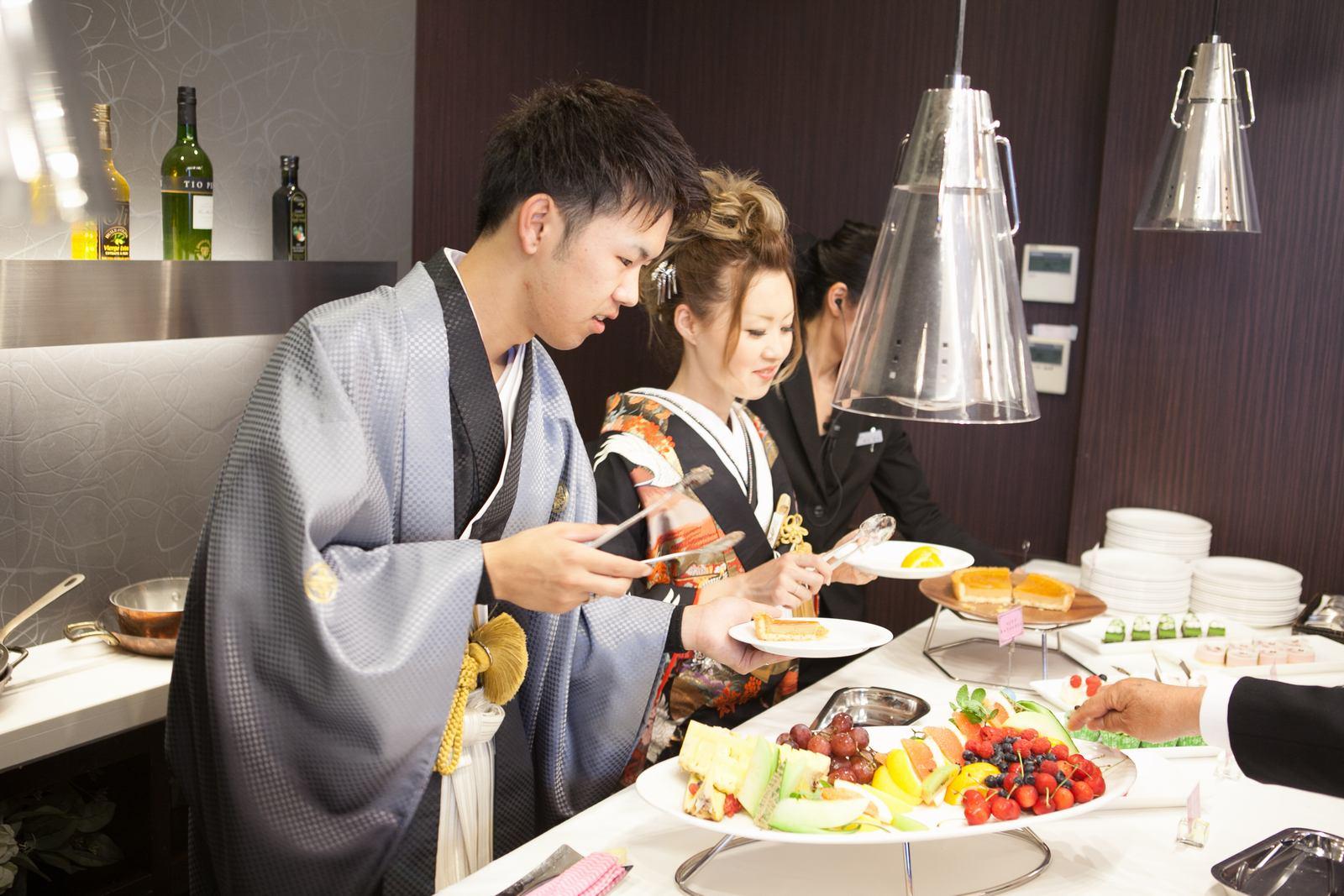 徳島市の結婚式場ブランアンジュで人気のデザートビュッフェを新郎新婦様からゲストへのサービス