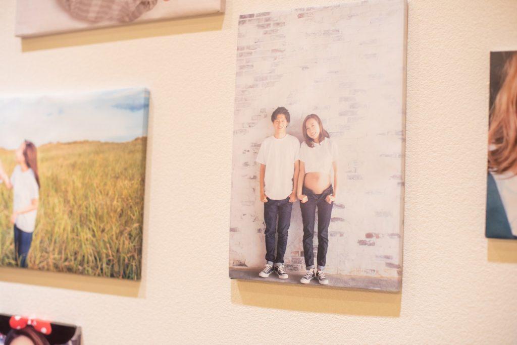 徳島市の結婚式場ブランアンジュのウェルカムスペースに飾った新婦手作りの写真パネル