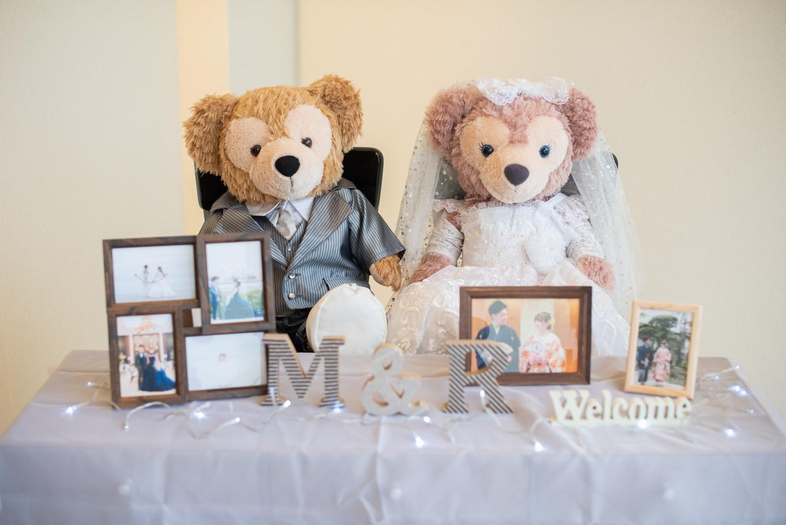 徳島市の結婚式場ブランアンジュでタキシードとウエディングドレスにおめかししたダッフィー&シェリーメイ
