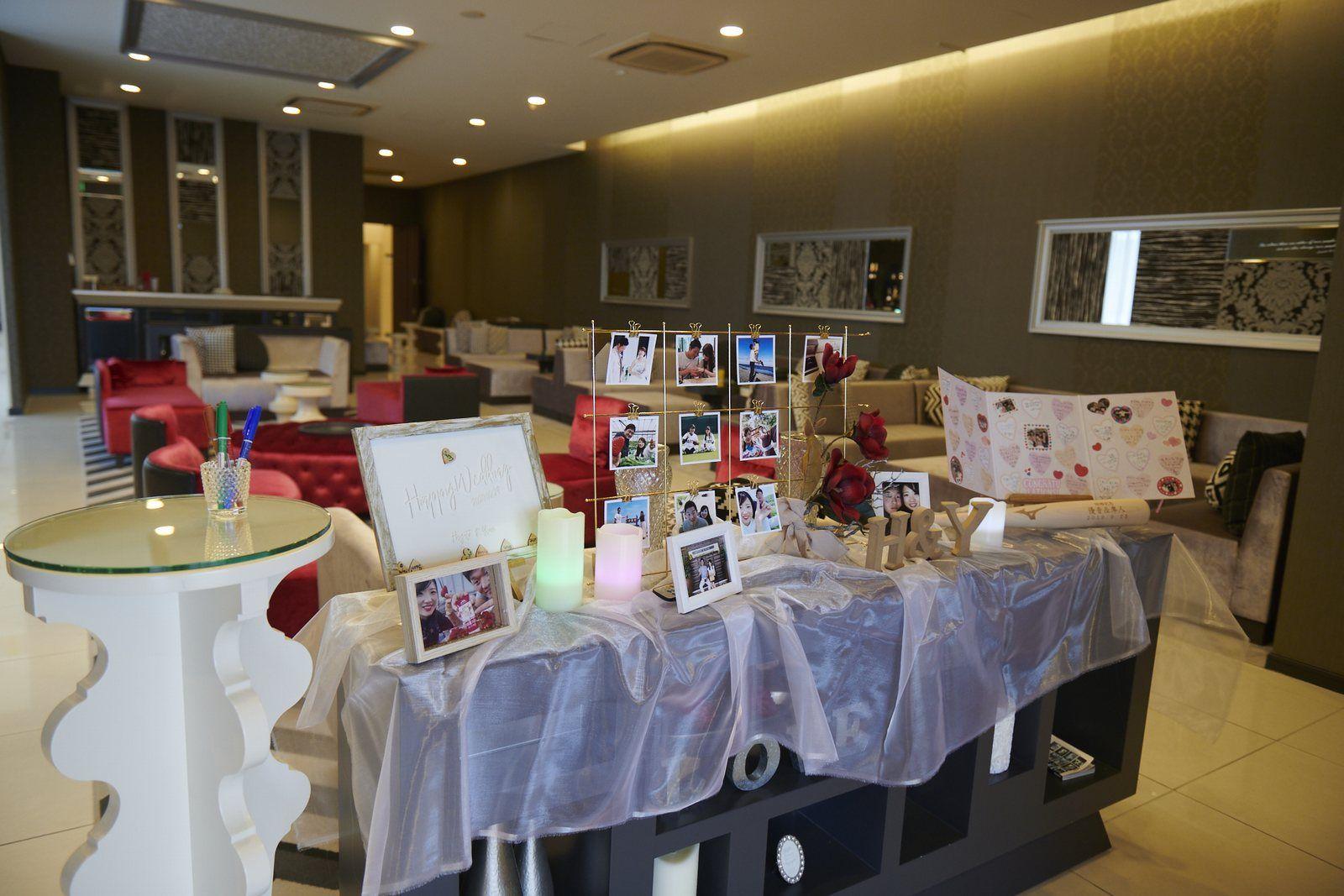 徳島市の結婚式場ブランアンジュで飾り付けされたウェルカムスペース・ロビー