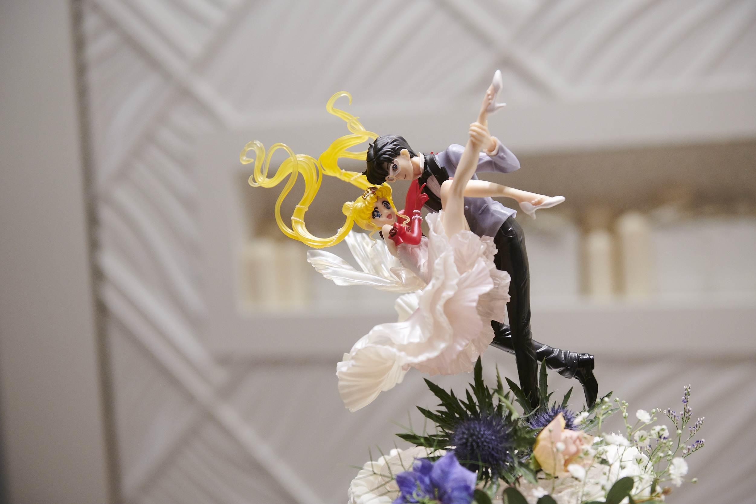 徳島市の結婚式場ブランアンジュでウエディングケーキに飾られたケーキトッパー