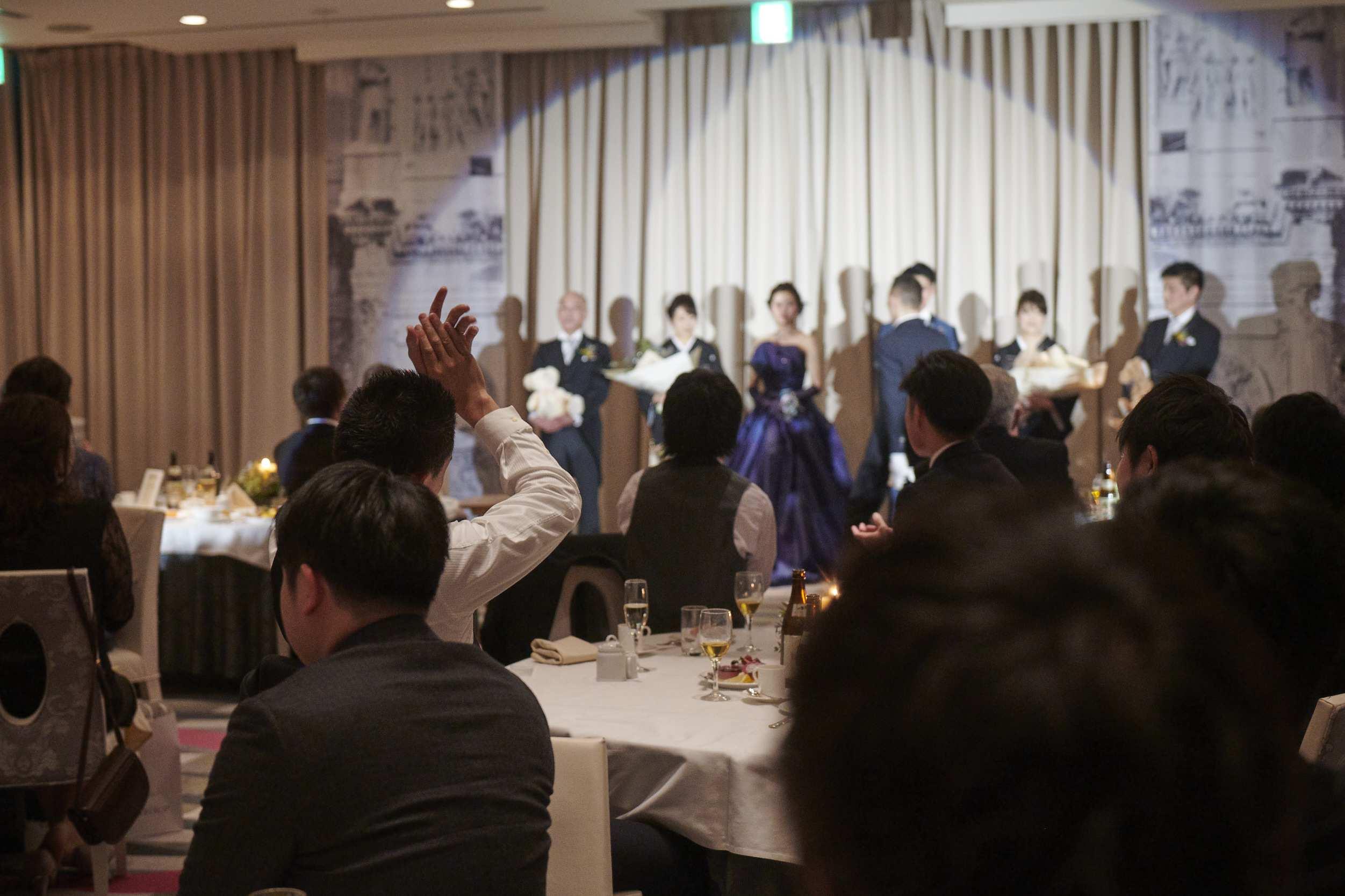 徳島市の結婚式場ブランアンジュでゲスト様への謝辞に拍手