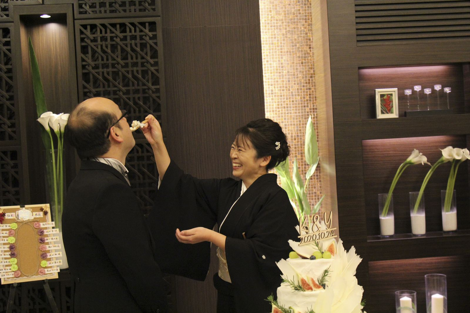 徳島県の結婚式場ブランアンジュでお手本バイトを行う新婦両親